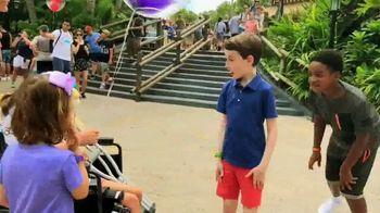 Disney World TV Spot, 'Best Day Ever: Random Acts of Magic' - Thumbnail 5