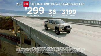 2019 Toyota Tacoma TV Spot, 'Live With Power' [T2] - Thumbnail 8