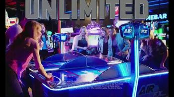 Dave and Buster's Hoops TV Spot, 'Unlimited Games and Wings' - Thumbnail 3
