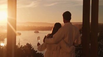 Clipper Vacations TV Spot, 'Spring Getaway: Newer Vessel' - Thumbnail 8