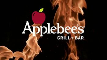 Applebee's Bigger Bolder Grill Combos TV Spot, 'Grillin and Chillin' Song by Sammy Kershaw - Thumbnail 1