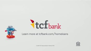 TCF Bank TV Spot, 'The Space You Need' Song by Poly - Thumbnail 8
