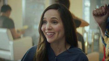 AT&T Wireless TV Spot, 'OK: doble quinceañera' [Spanish] - Thumbnail 6