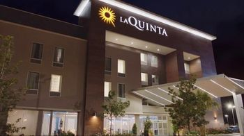 La Quinta Inns and Suites TV Spot, 'Screensaver' - Thumbnail 2