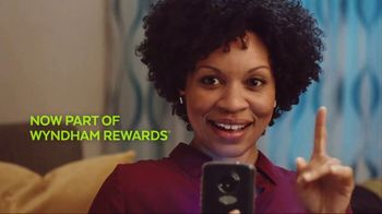 La Quinta Inns and Suites TV Spot, 'Screensaver' - Thumbnail 8