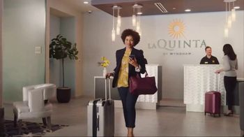 La Quinta Inns and Suites TV Spot, 'Screensaver' - Thumbnail 9