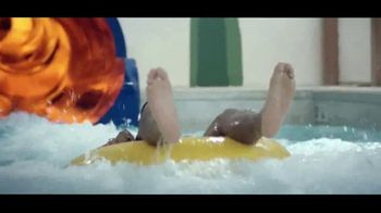 Great Wolf Lodge TV Spot, 'Go for the Moment' - Thumbnail 7