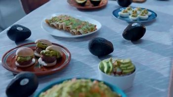 Avocados From Mexico TV Spot, '2019 Cinco de Mayo: Arctic Trek for Avocados' - Thumbnail 6