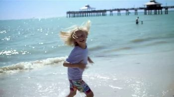 The Beaches of Fort Myers and Sanibel TV Spot, 'Selfie' - Thumbnail 6