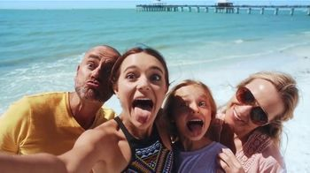 The Beaches of Fort Myers and Sanibel TV Spot, 'Selfie' - Thumbnail 7