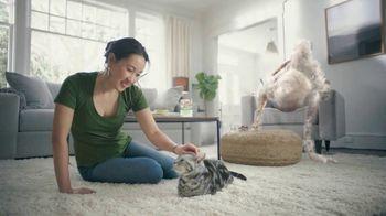 Bayer Advantage II TV Spot, 'Good Friends' - Thumbnail 9