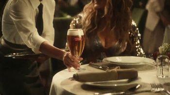 Stella Artois TV Spot, 'Change Up the Usual' Featuring Sarah Jessica Parker & Jeff Bridges - Thumbnail 5