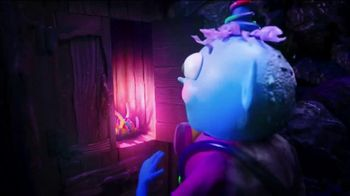 Trolli Sour Brite Crawlers TV Spot, 'Cupboard' - Thumbnail 9