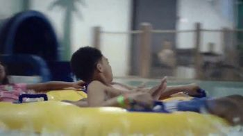 Great Wolf Lodge TV Spot, 'Water Slide, Splash and Scream Together' - Thumbnail 6