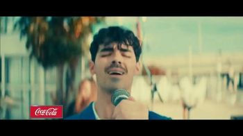 Coca-Cola TV Spot, '2019 Fan Party: Jonas Brothers' - Thumbnail 7
