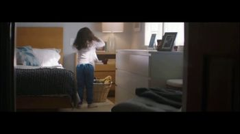 Ultra Downy Free & Gentle TV Spot, 'Getting Dressed' Song by Angelo De Augustine - Thumbnail 1