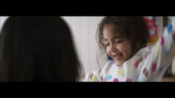 Ultra Downy Free & Gentle TV Spot, 'Getting Dressed' Song by Angelo De Augustine - Thumbnail 10