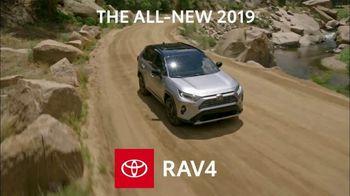 2019 Toyota RAV4 TV Spot, 'Redefine' [T2] - Thumbnail 5