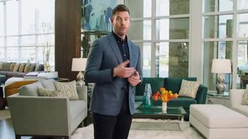 Rooms to Go TV Spot, 'People Like Me' Featuring Jesse Palmer - Thumbnail 3