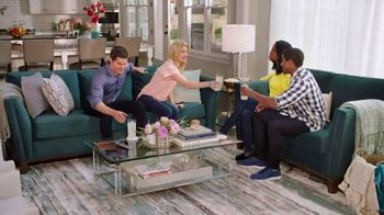 Rooms to Go TV Spot, 'Room Packages' Featuring Jesse Palmer - Thumbnail 7