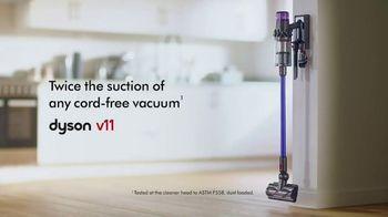 Dyson V11 TV Spot, 'Easy Deep Cleaning' - Thumbnail 10