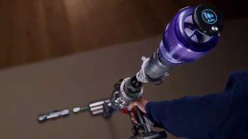 Dyson V11 TV Spot, 'Easy Deep Cleaning' - Thumbnail 2