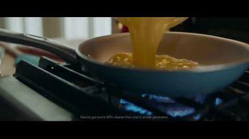 BP TV Spot, 'Family' - Thumbnail 5