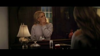 Olay Super Bowl 2019 Teaser, 'Killer Skin: Part II' Featuring Sarah Michelle Gellar - Thumbnail 1