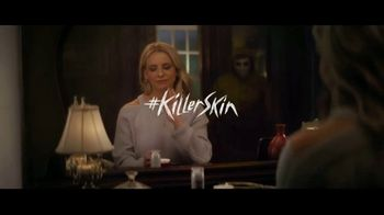Olay Super Bowl 2019 Teaser, 'Killer Skin: Part II' Featuring Sarah Michelle Gellar - Thumbnail 7
