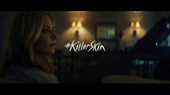 Olay Super Bowl 2019 Teaser, 'Killer Skin: Part V' Featuring Sarah Michelle Gellar - Thumbnail 3