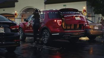 Ford Built for the Holidays Sales Event TV Spot, 'Both Sides' [T2] - Thumbnail 4