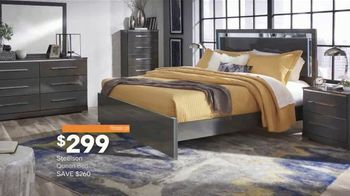 Ashley HomeStore New Year's Sale TV Spot, 'Extended: Sofa, Dining Set and Queen Bed' - Thumbnail 6