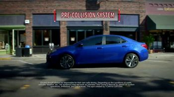 Toyota Corolla TV Spot, 'Dynamic Styling, Exceptional Performance' [T2] - Thumbnail 6