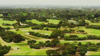 Tourism Australia TV Spot, 'The Royal Melbourne Golf Club' - Thumbnail 3
