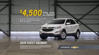 2019 Chevrolet Equinox TV Spot, 'Chevy Surprises Competitive Owners When It Comes to Reliability' [T2] - Thumbnail 9