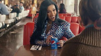 Pepsi Super Bowl 2019 Teaser, 'Cardi B's Diamond Can' Featuring Cardi B - Thumbnail 5