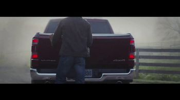 Ram 1500 TV Spot, 'Busy Hands' [T1] - Thumbnail 5
