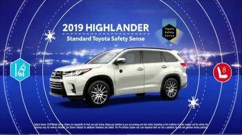 2019 Toyota Highlander TV Spot, 'Weather Forecast: Safety' [T2] - Thumbnail 2