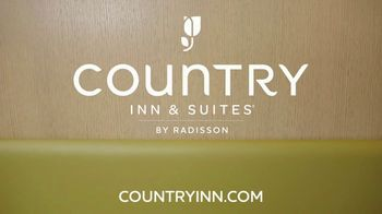 Country Inns & Suites TV Spot, 'The Perfect Storm' - Thumbnail 9