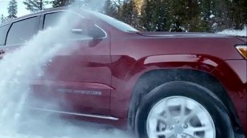 Jeep Big Finish Event TV Spot, 'Great Deals All Month Long' Song by OneRepublic [T2] - Thumbnail 3