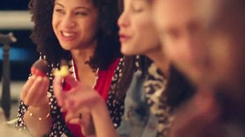 Edible Arrangements TV Spot, 'Valentine Anthem' - Thumbnail 7