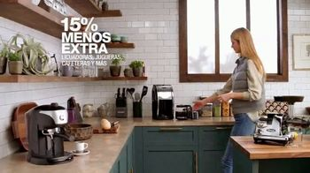 Macy's La Gran Venta del Hogar TV Spot, 'Sofás, sábanas y electrodomésticos' [Spanish] - Thumbnail 5