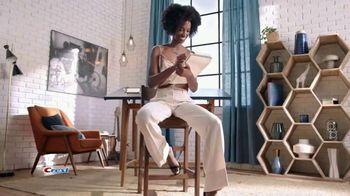 Crest 3D Whitestrips TV Spot, 'Beauty Editors' - Thumbnail 6
