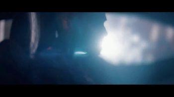 2019 Jaguar F-PACE TV Spot, 'Heart of a Jaguar' Song by LookLA [T2] - Thumbnail 4