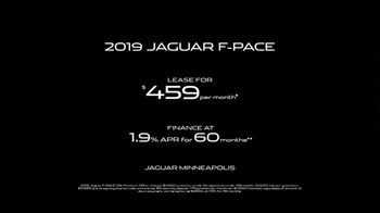 2019 Jaguar F-PACE TV Spot, 'Heart of a Jaguar' Song by LookLA [T2] - Thumbnail 9