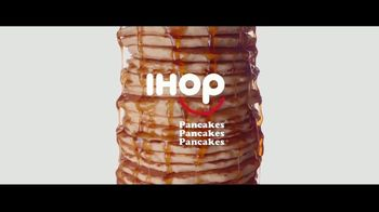 IHOP All You Can Eat Pancakes TV Spot, 'Todo lo que puedas comer' [Spanish] - Thumbnail 3