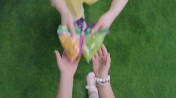 Ziploc TV Spot, 'More Than A Bag: A Snack On The Fly' - Thumbnail 8