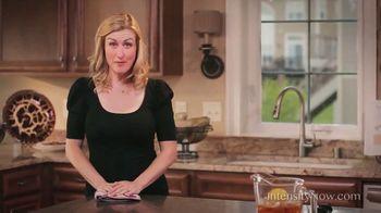 Pour Moi Intensity TV Spot, 'Secret'