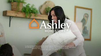 Ashley HomeStore Presidents Day Mattress Sale TV Spot, 'Colchón y base ajustable' [Spanish] - Thumbnail 7