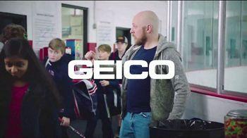 GEICO TV Spot, 'A Pro Hockey Dream' - Thumbnail 10